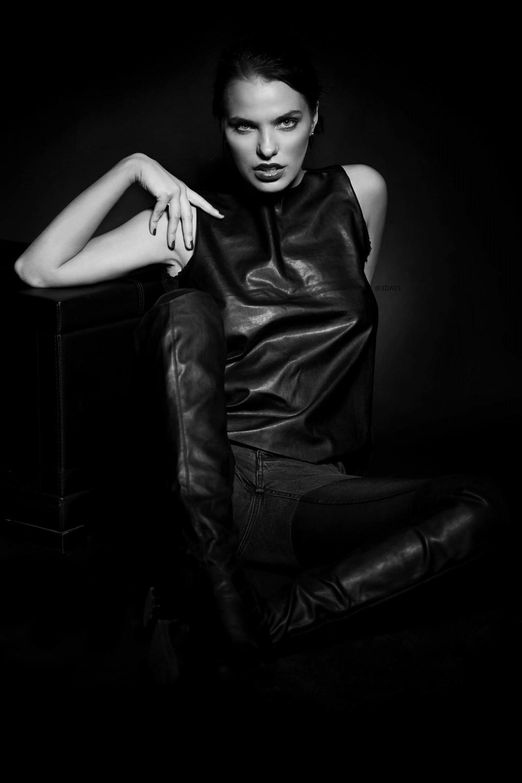 Inga's shoot with Dubai Portrait Photographer
