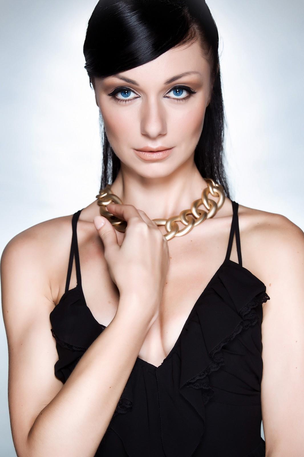 Maria Model Portfolio